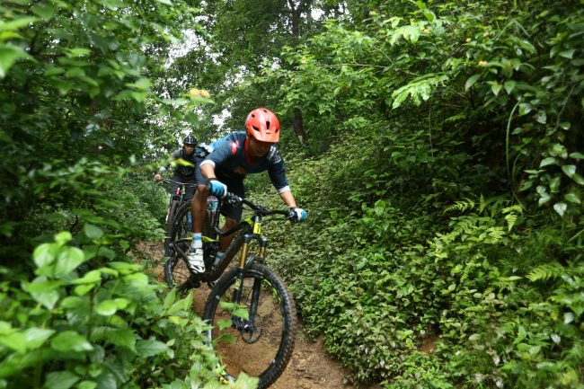 Mountain Bike Day Trips with Himalayan Single Track, Nepal